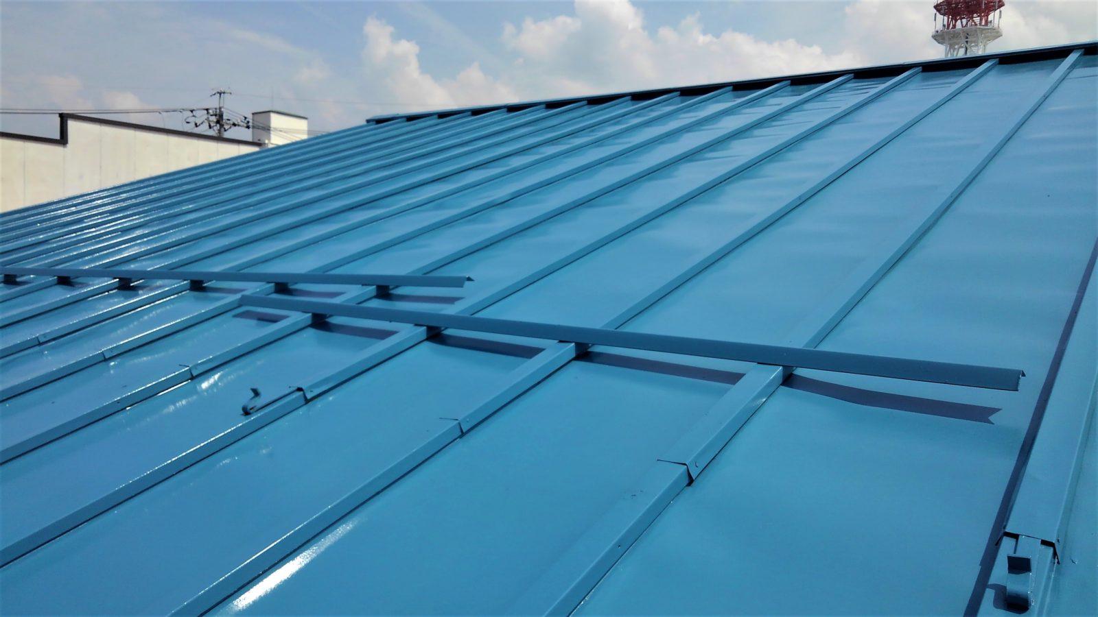 塗膜の劣化要因である紫外線に対して強い耐候性を発揮します。